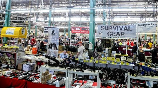 151014050828-gun-show-tables-780x439